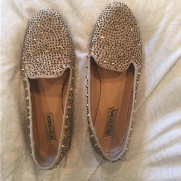 405c22f0f0c STEVE MADDEN SUEDE STUDDED FLATS